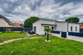 Maisons Bouvier, loire atlantique, maison contemporaine, toit plat, saint nazaire, enduit motifs, plain pied