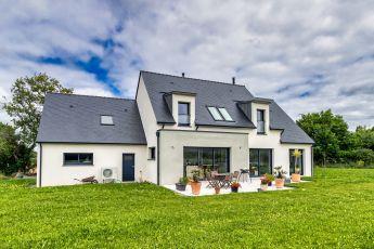 Maisons Bouvier, construction 44, La Baule, façade arrière, terrasse
