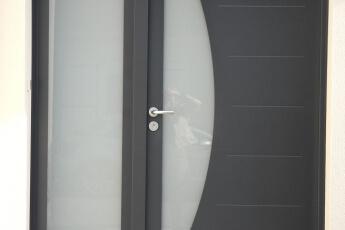 Maisons Bouvier : porte d'entrée