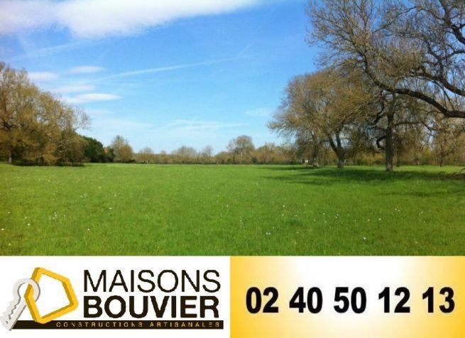 Terrain de 306m² à Saint-Nazaire, Maisons Bouvier